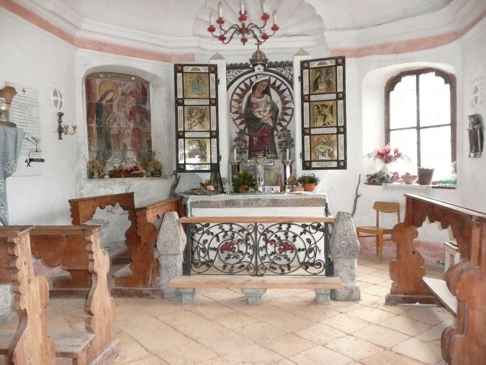Die Kapelle am Knappenhäusl, der heiligen Barbara geweiht.